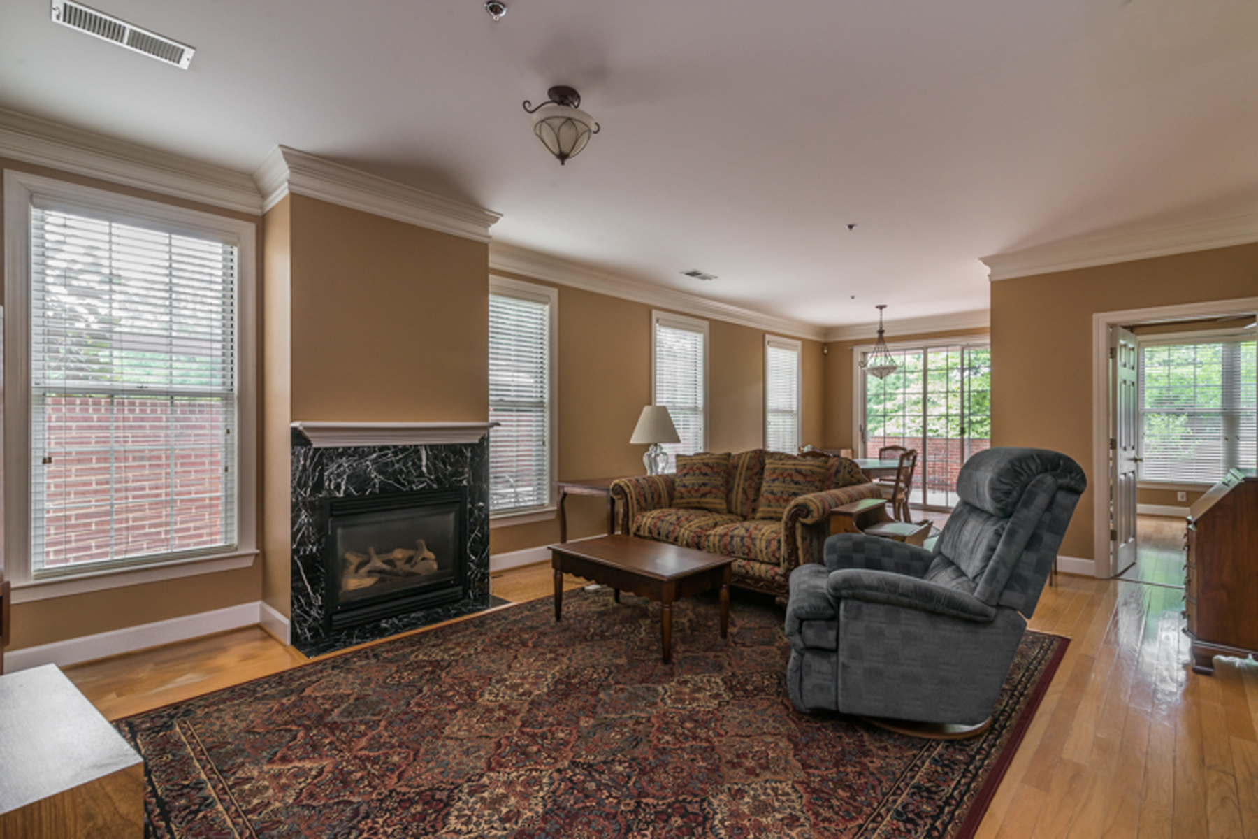 Condominium for Sale at Large One Bedroom With Huge Private Terrace 3101 Howell Mill Road #107 Buckhead, Atlanta, Georgia 30327 United States