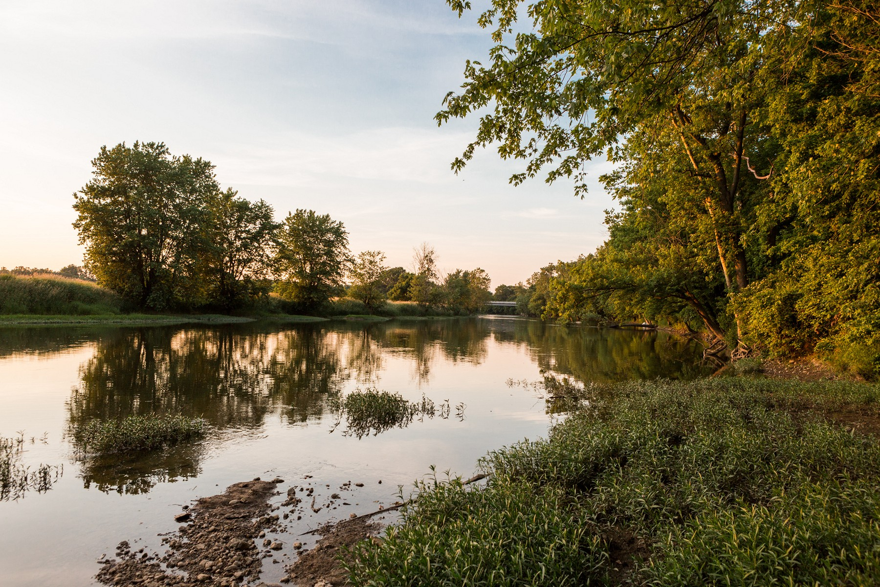 Additional photo for property listing at Spectacular lot on White River 140 White Oaks Street Fishers, Indiana 46038 United States