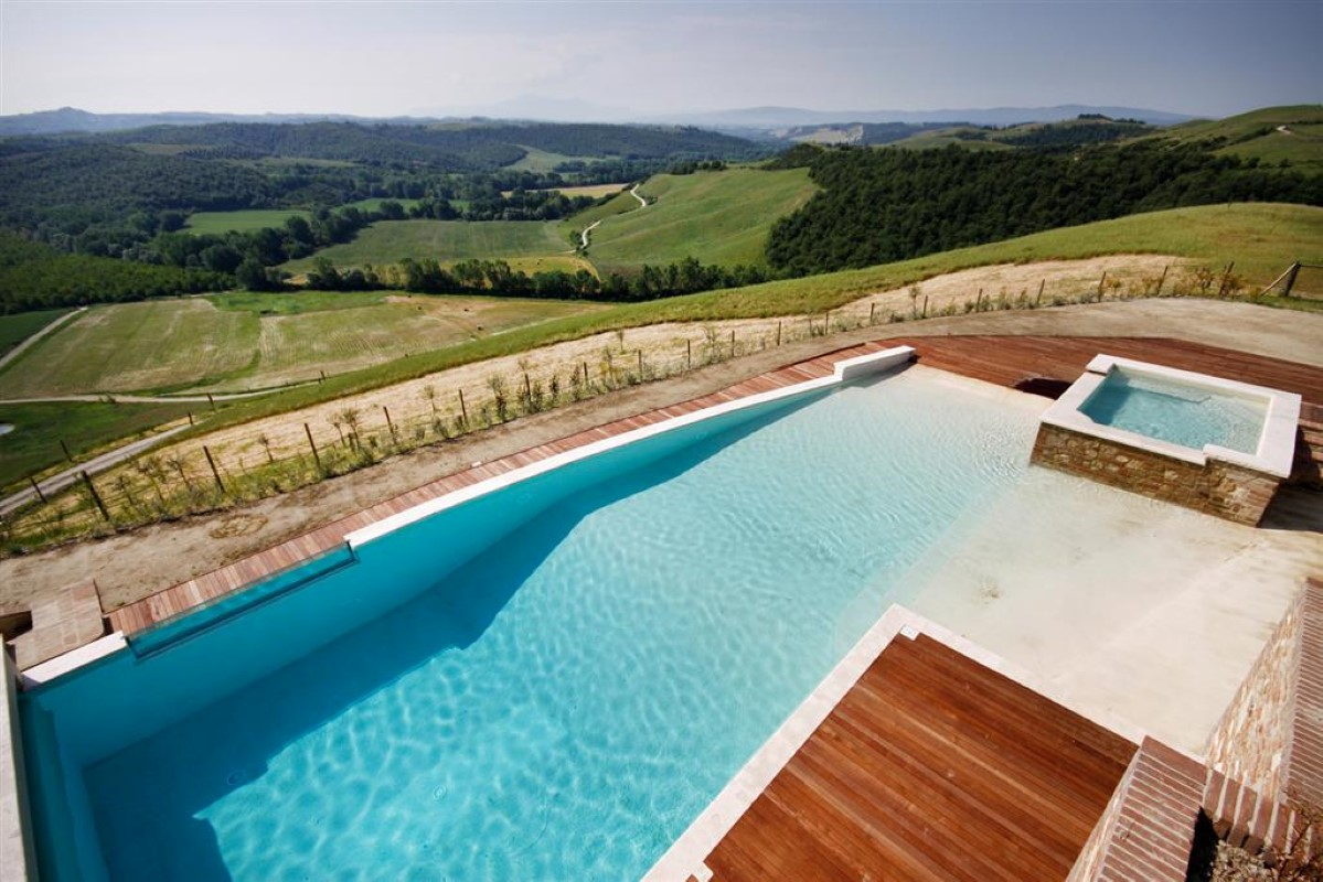 Additional photo for property listing at Unique family home with breath taking views of the Crete Senesi Asciano Asciano, Siena 53100 Italy