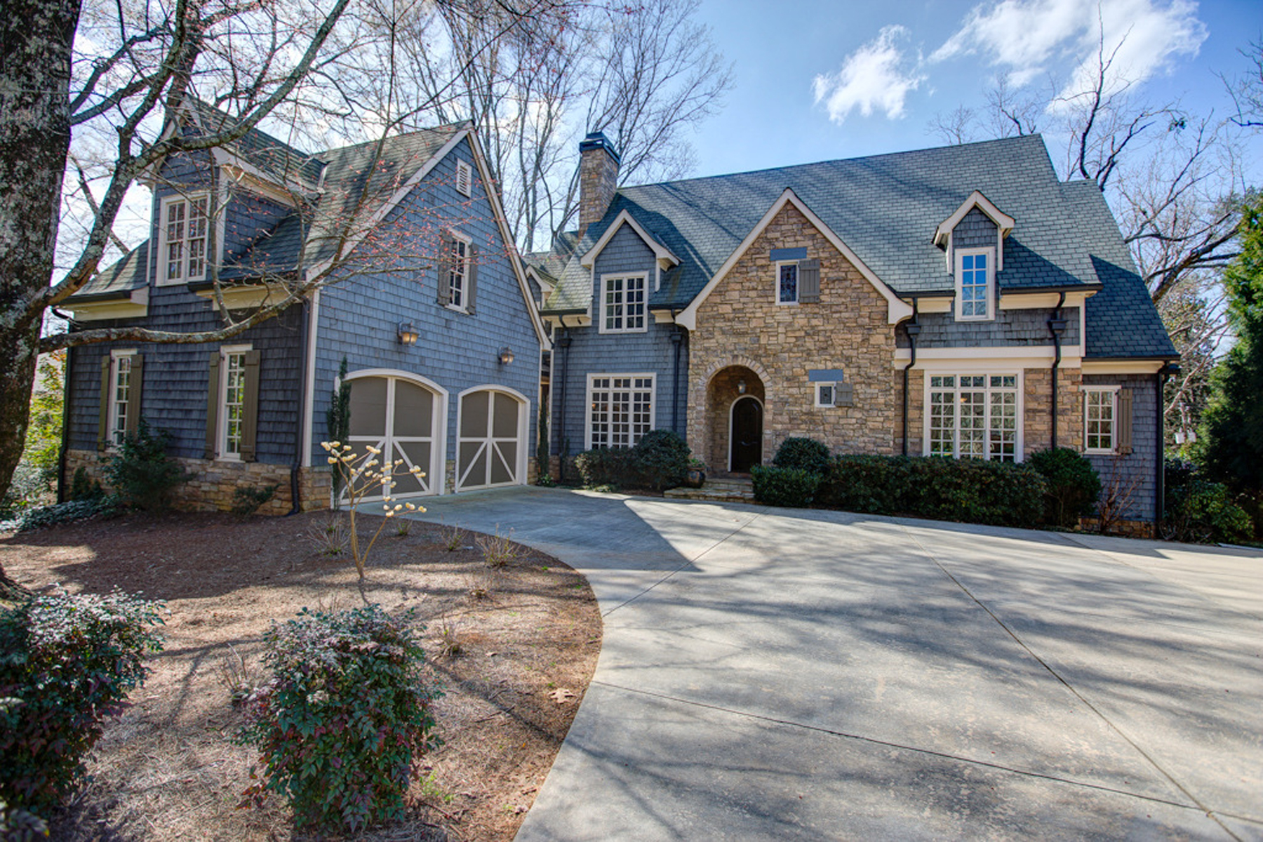 Additional photo for property listing at Absolutely Stunning Custom Built Home In Chastain Park Area 4788 Dudley Lane Atlanta, 조지아 30327 미국