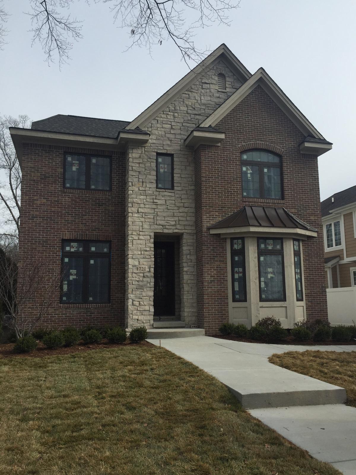 独户住宅 为 销售 在 Birmingham 1721 Stanley Blvd 伯明翰, 密歇根州, 48009 美国