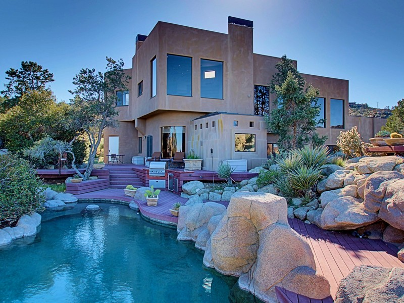 Single Family Home for Sale at 61400 Yucca Road Mountain Center, California 92561 United States