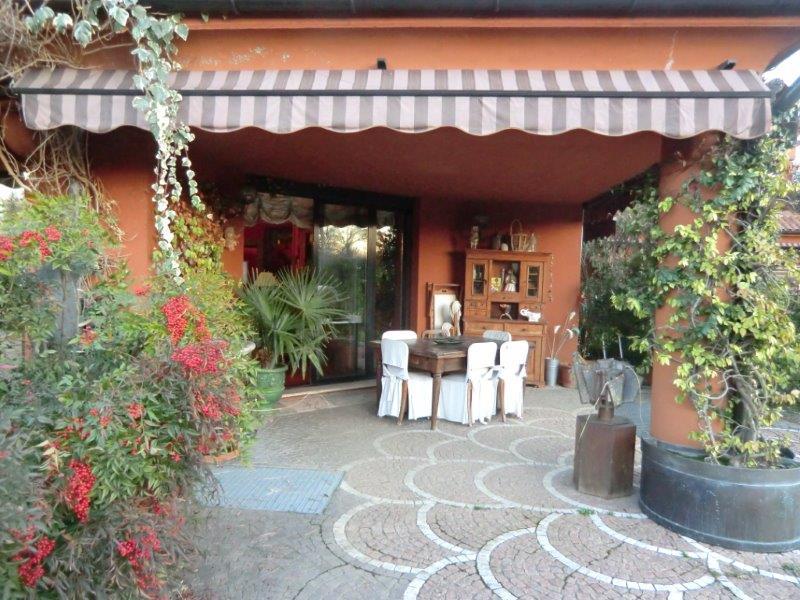 Additional photo for property listing at Apartment in Golf Club Monticello Via Volta Monticello, Como 23876 Italien