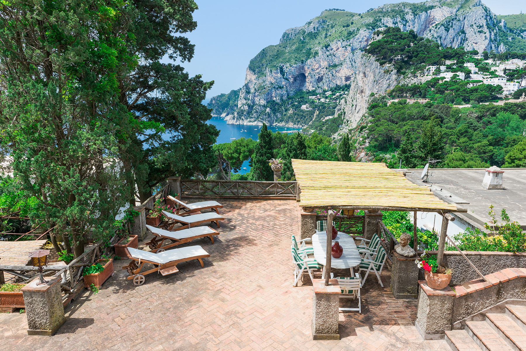 Vivienda unifamiliar por un Venta en Villa in the heart of Capri Capri, Naples Italia
