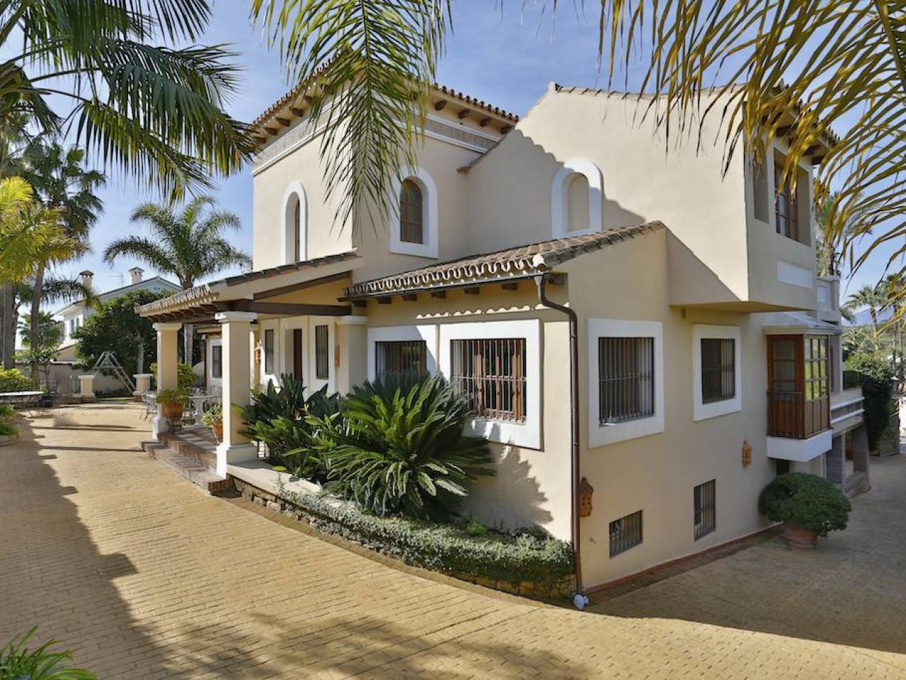 Single Family Home for Sale at Villa in Nueva Andalucía nueva andalucia Marbella, Costa Del Sol 29660 Spain