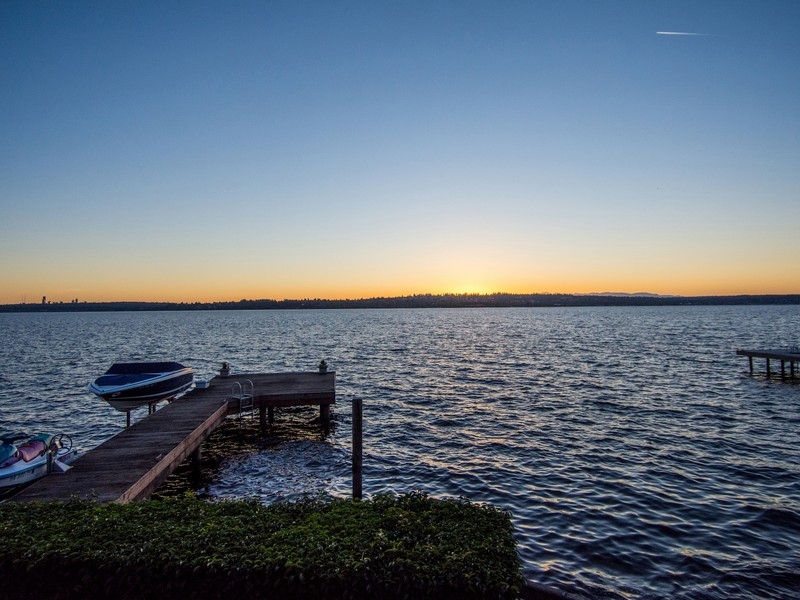 Single Family Home for Sale at Magnificent Lake Washington Waterfront 315 Lake Ave W Kirkland, Washington 98033 United States