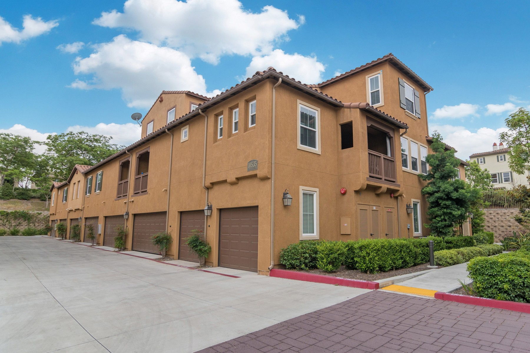 獨棟家庭住宅 為 出售 在 10535 Camino Bello Mar #2 10535 Camino Bello Mar 2 San Diego, 加利福尼亞州, 92127 美國