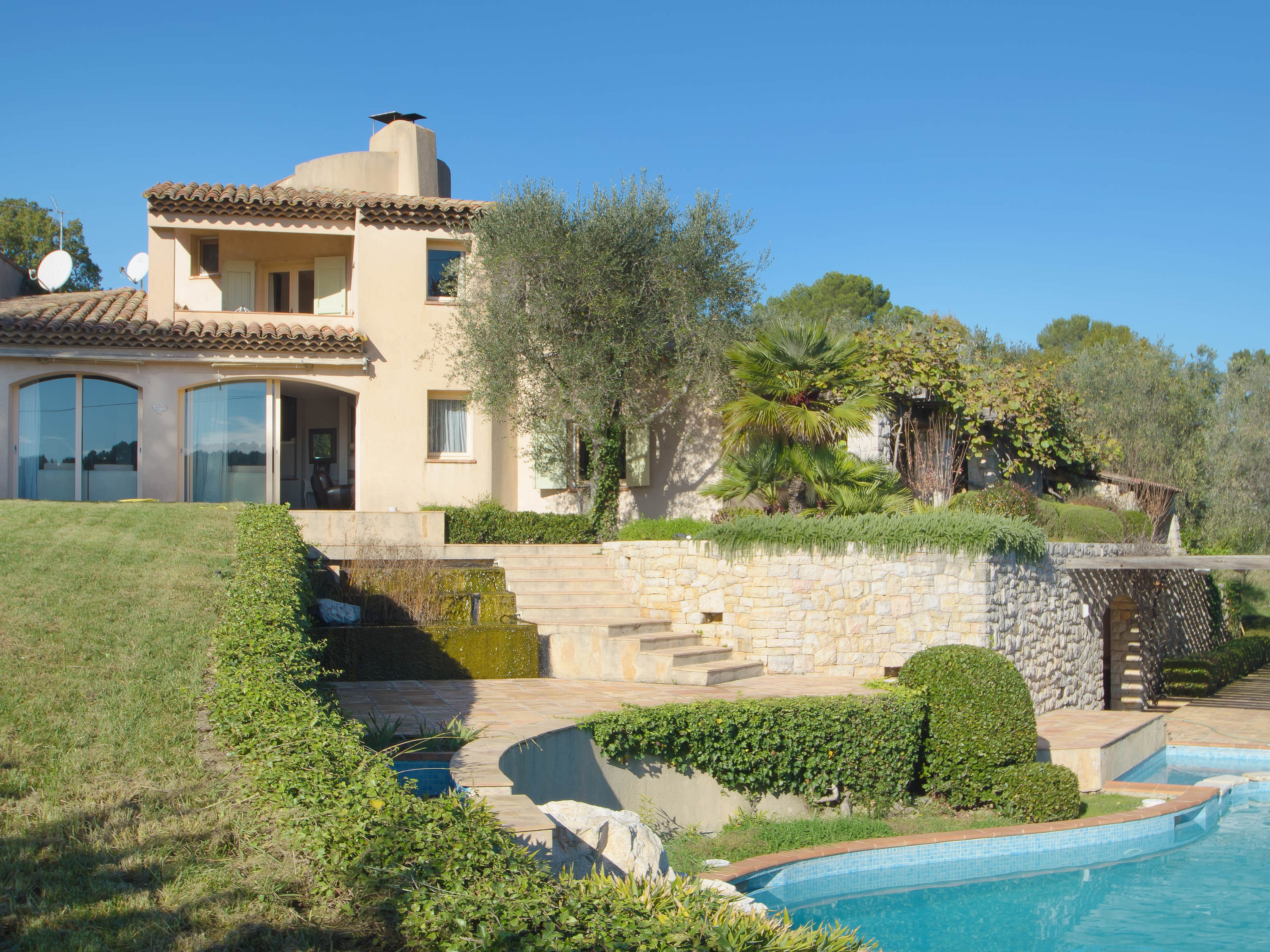 Single Family Home for Sale at Lovely Provencal villa for sale in a secured domain of Mougins Mougins, Provence-Alpes-Cote D'Azur 06250 France