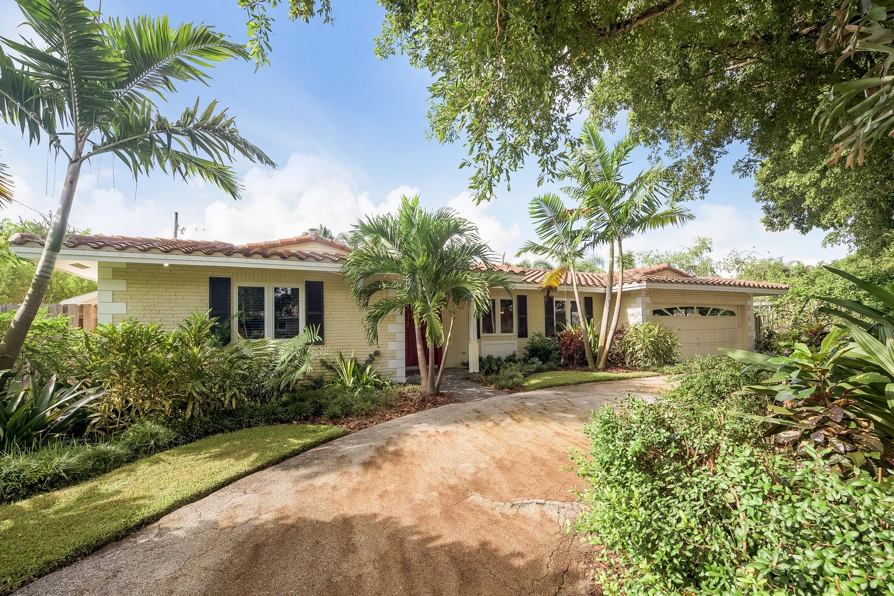 Maison unifamiliale pour l Vente à 2120 NE 44TH ST Fort Lauderdale, Florida 33308 États-Unis
