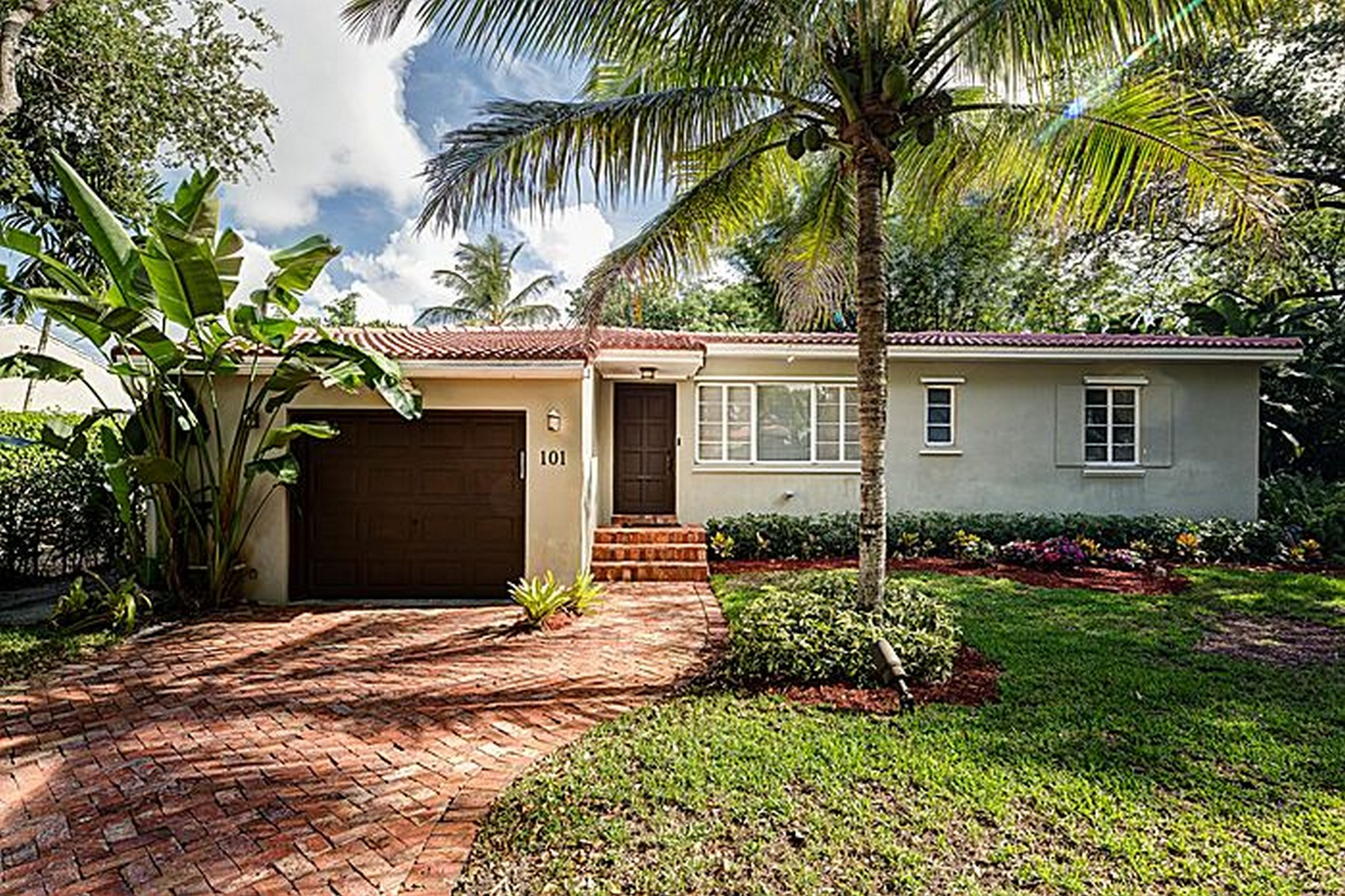 Single Family Home for Sale at 101 NW 101 St Miami Shores, Florida 33150 United States