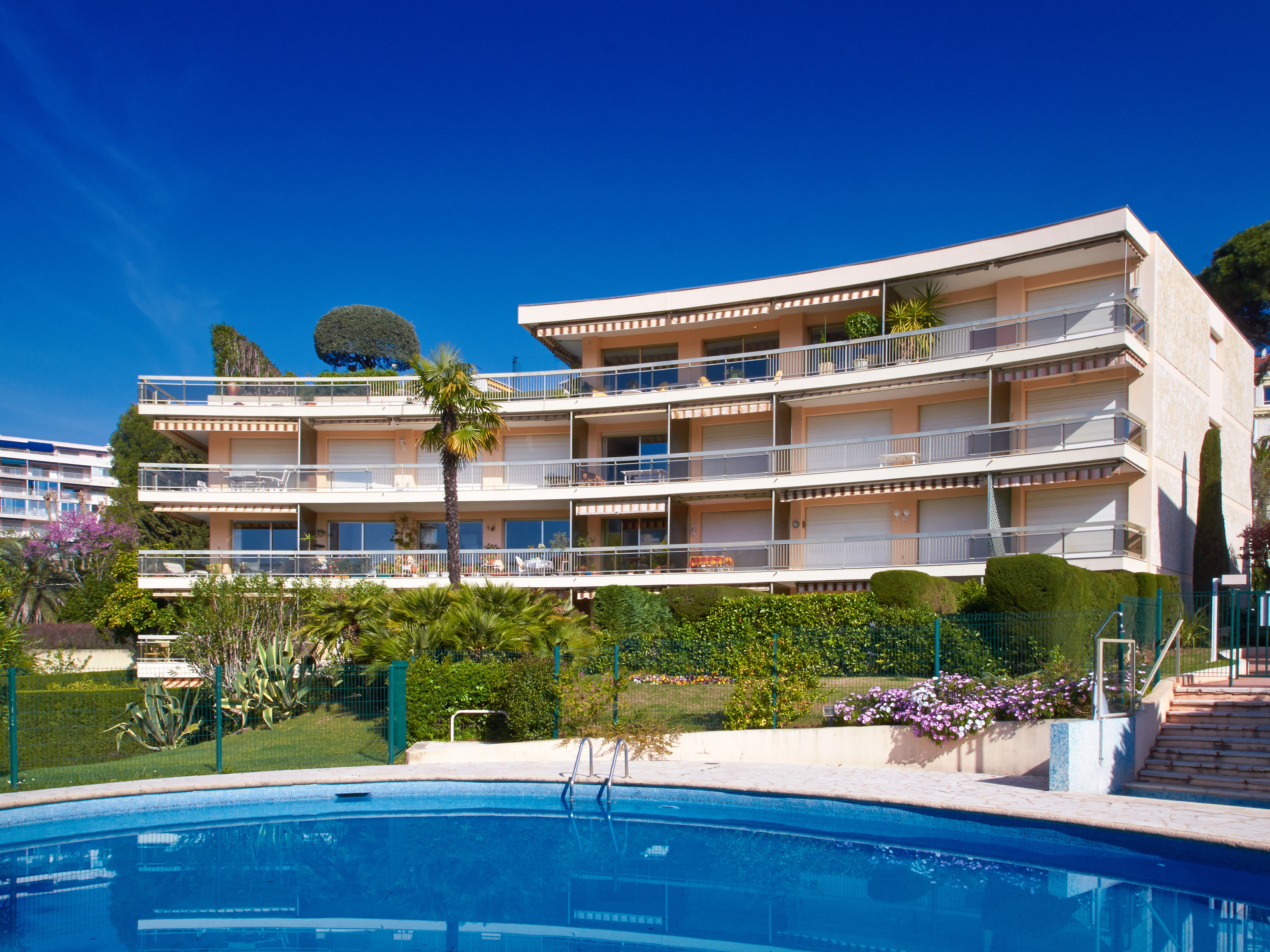 Apartamento para Venda às Sole agent - Luxury Apartment in a gated condominium Cannes, Provença-Alpes-Costa Azul 06400 França