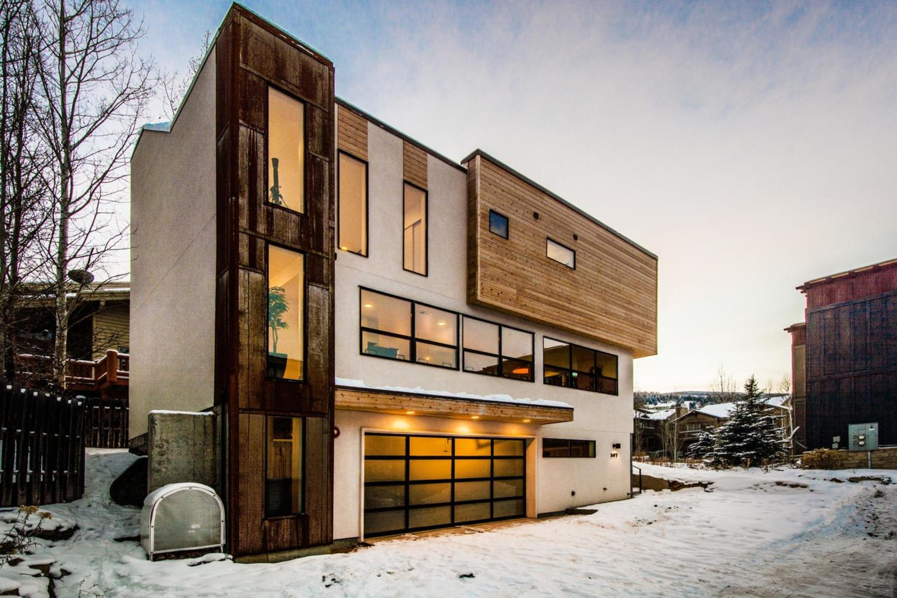 Casa para uma família para Venda às Design Location Perfection 597 Deer Valley Lp Park City, Utah 84060 Estados Unidos