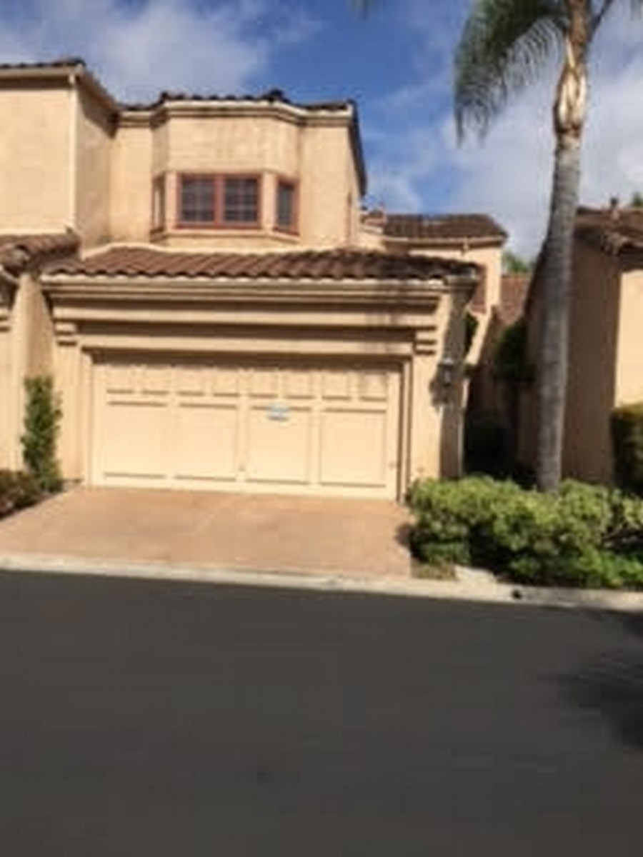 Single Family Home for Sale at 3751 Paseo Vista Famosa Rancho Santa Fe, California 92067 United States