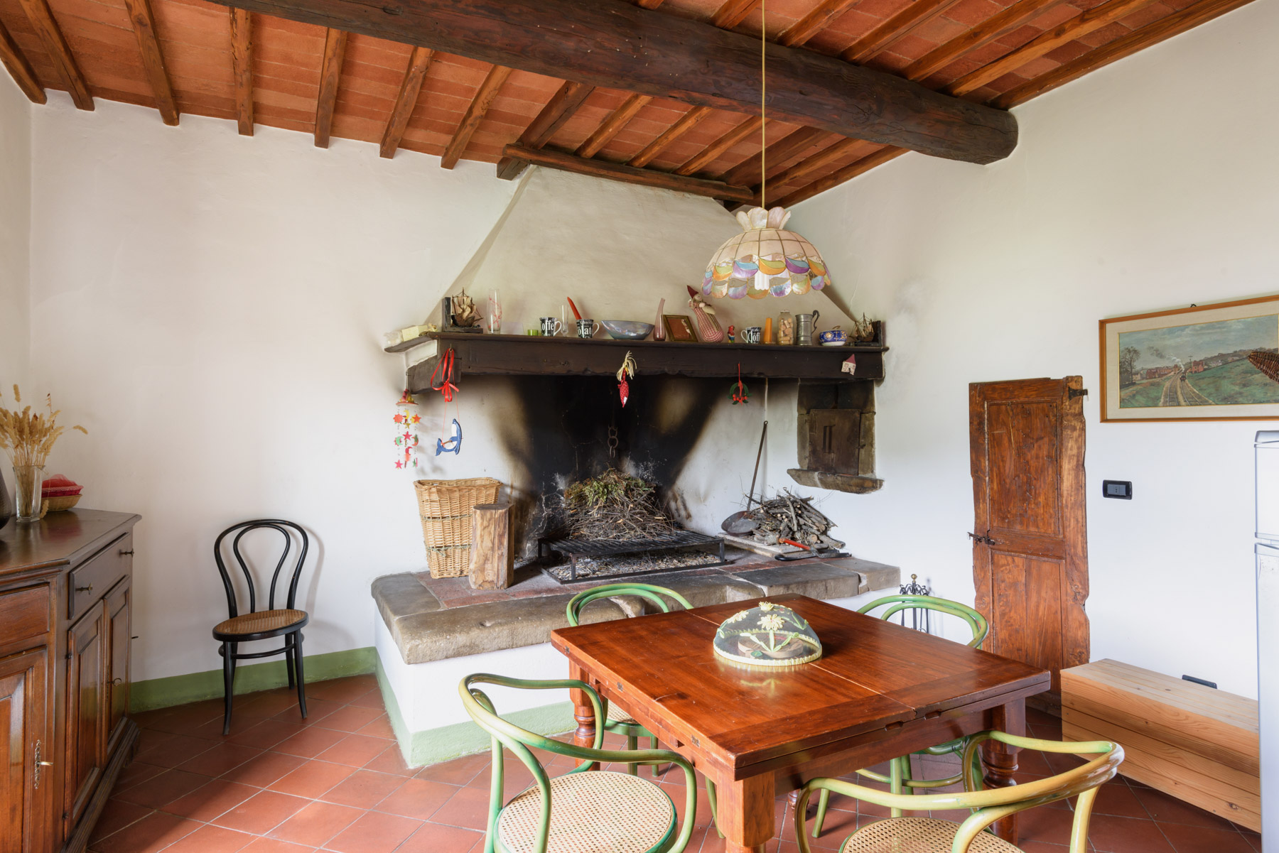 Additional photo for property listing at Detached beautiful country house amongst the olive groves Loc. Bricciano Gaiole In Chianti, Siena 53013 Italia