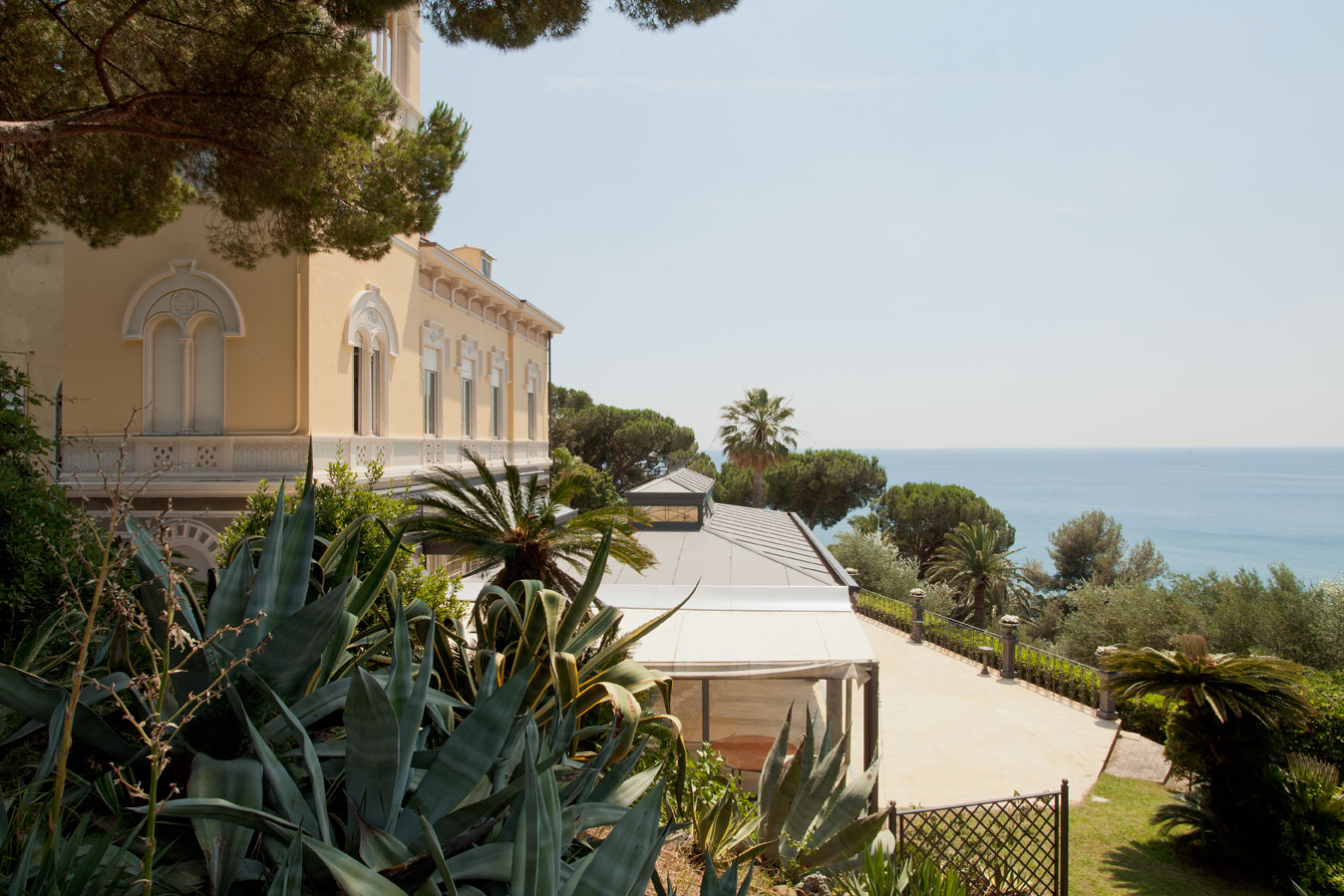 sales property at Art Nouveau villa overlooking the italian Riviera