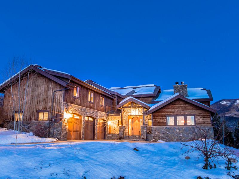 Einfamilienhaus für Verkauf beim Luxury Home with Ski Area Views 95 Hillside Drive Steamboat Springs, Colorado 80487 Vereinigte Staaten