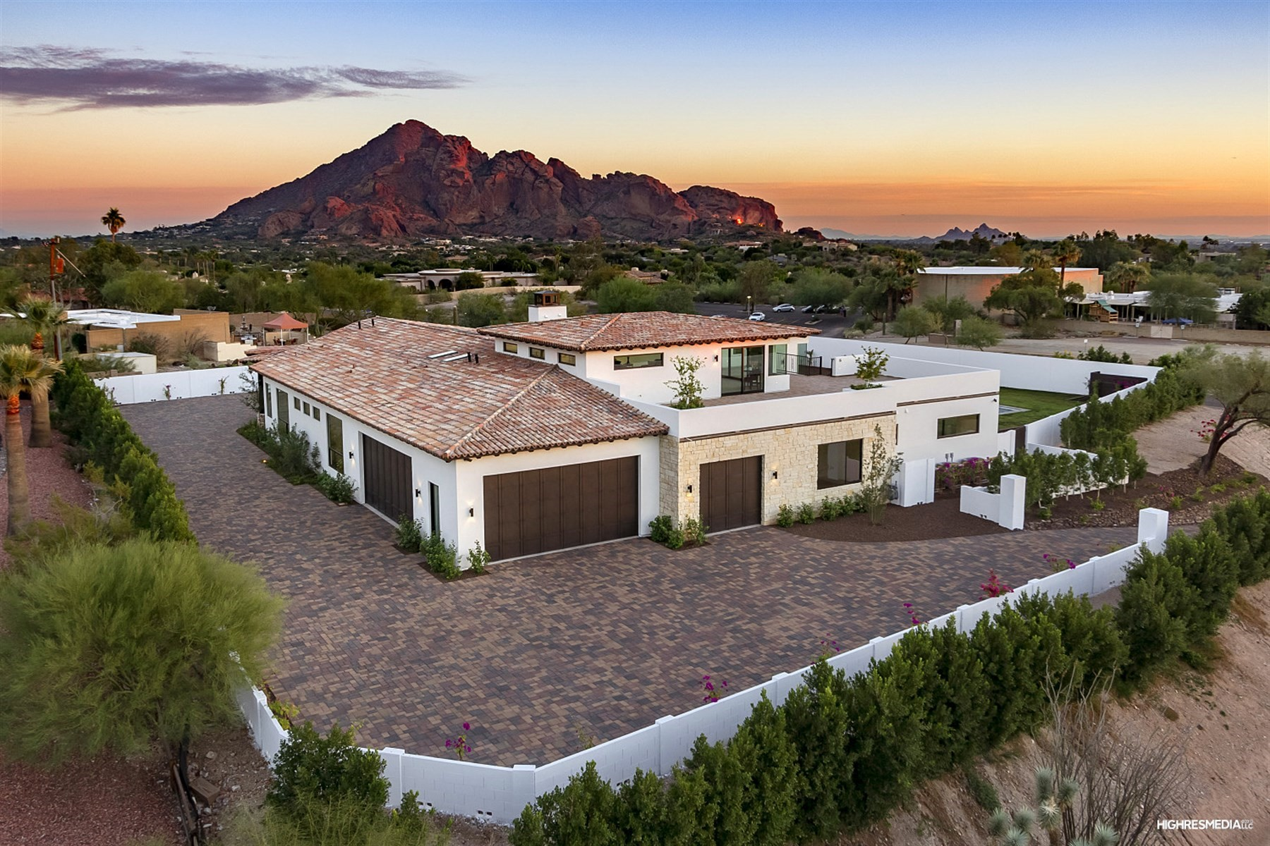 Maison unifamiliale pour l Vente à Modern masterpiece in the heart of the city 6501 N 40Tth Pl Paradise Valley, Arizona, 85253 États-Unis