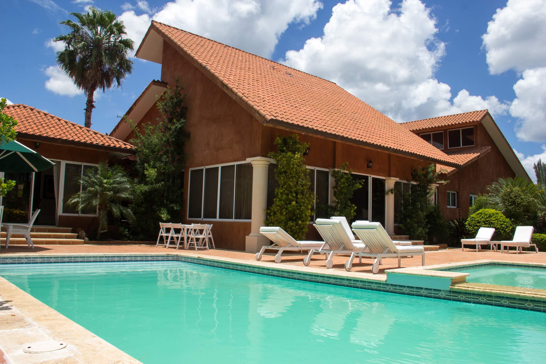 sales property at Las Colinas 13