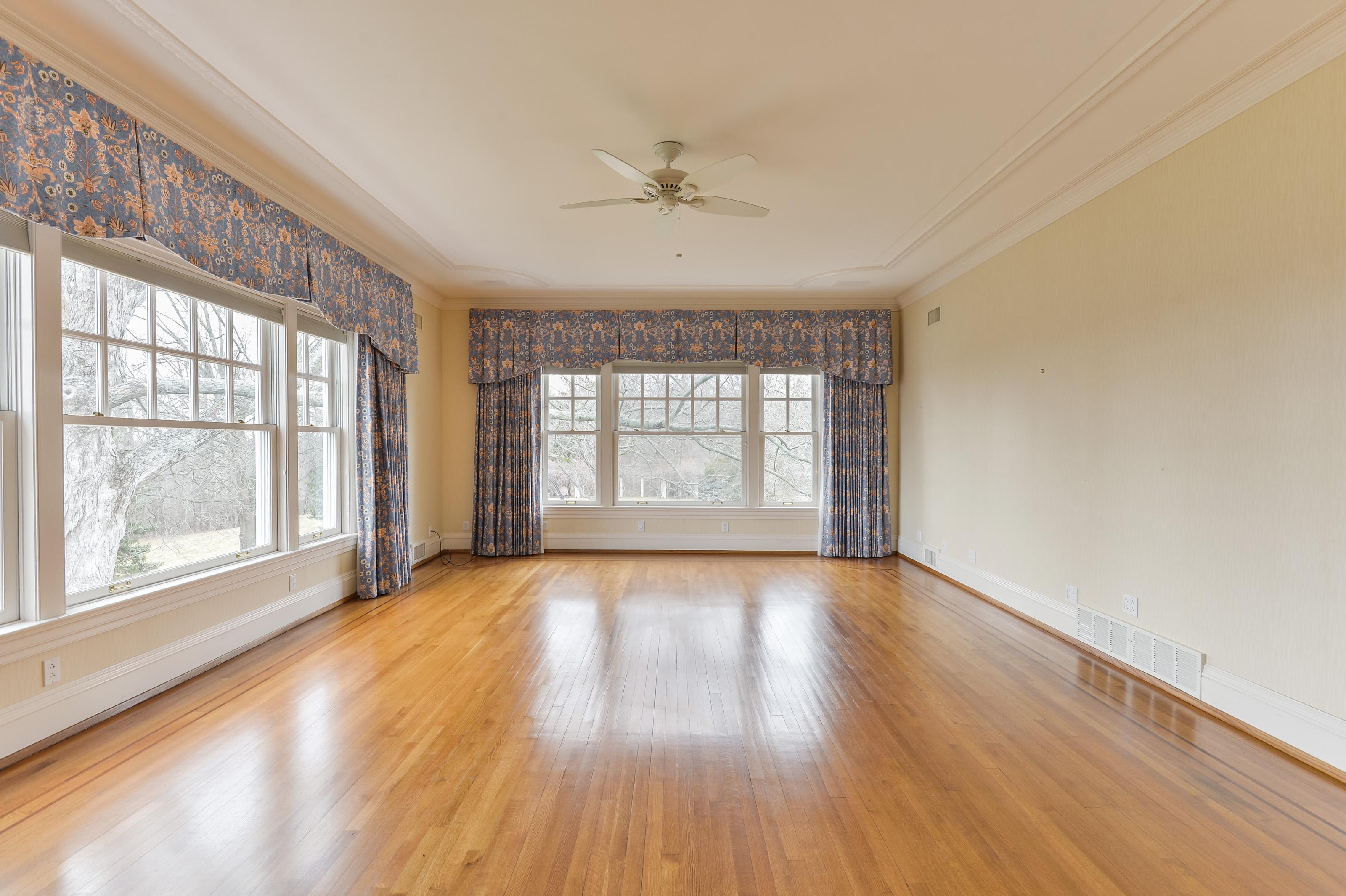Additional photo for property listing at 5224 Avish Lane  Harrods Creek, Kentucky 40059 United States