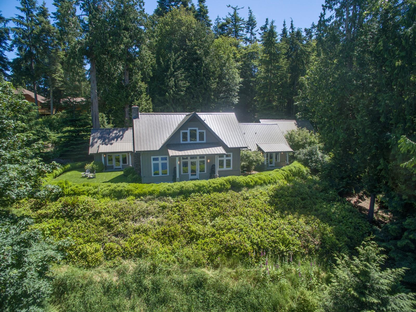 Частный односемейный дом для того Продажа на Ludlow Ridge 1331 E. Ludlow Ridge Road Port Ludlow, Вашингтон 98365 Соединенные Штаты