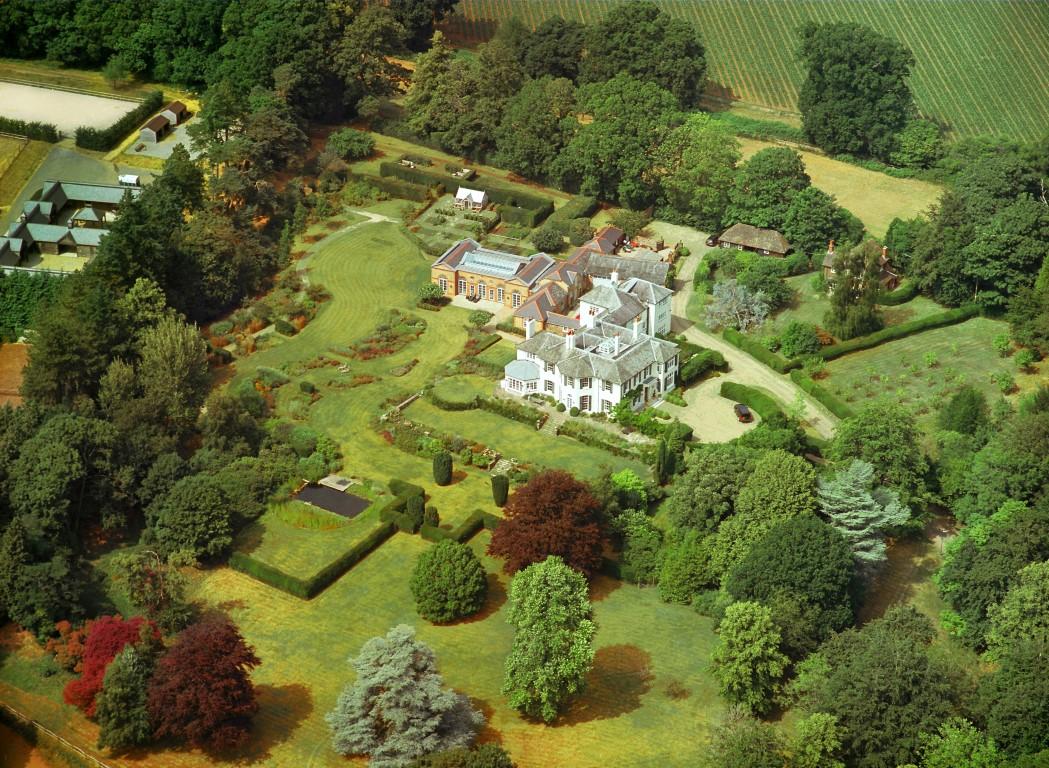 Nhà ở một gia đình vì Bán tại Midhurst Stedham Midhurst Other England, Anh Quốc GU290PA Vương Quốc Anh