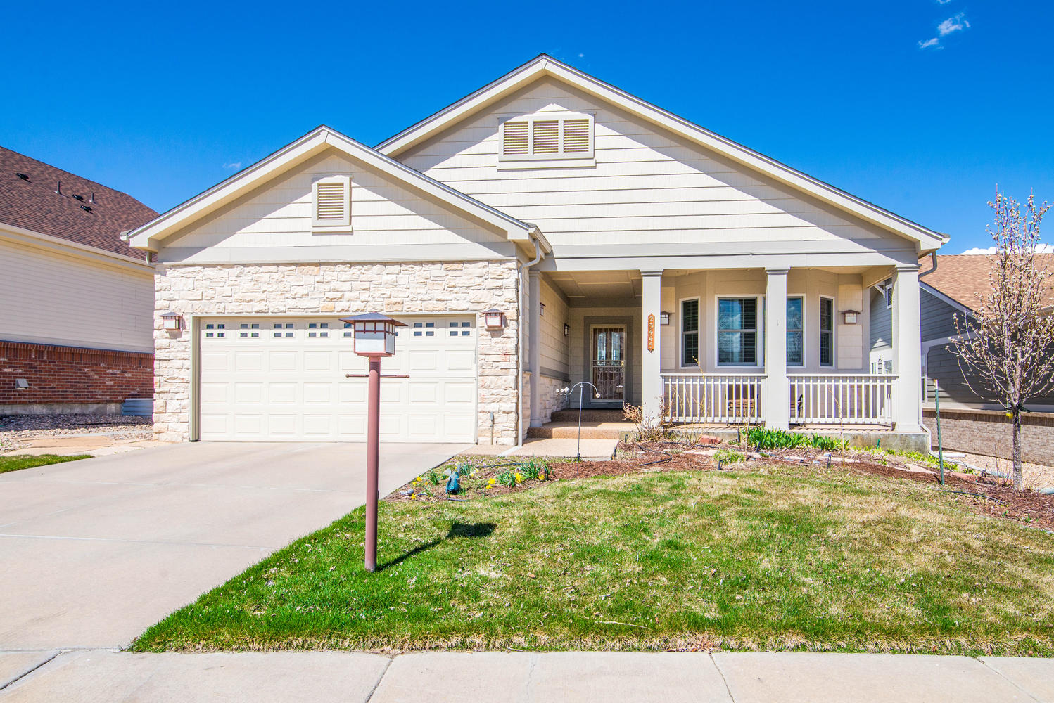 Single Family Home for Sale at Perfectly updated home on Fairway #9 23445 E Otero Drive Heritage Eagle Bend, Aurora, Colorado, 80016 United States