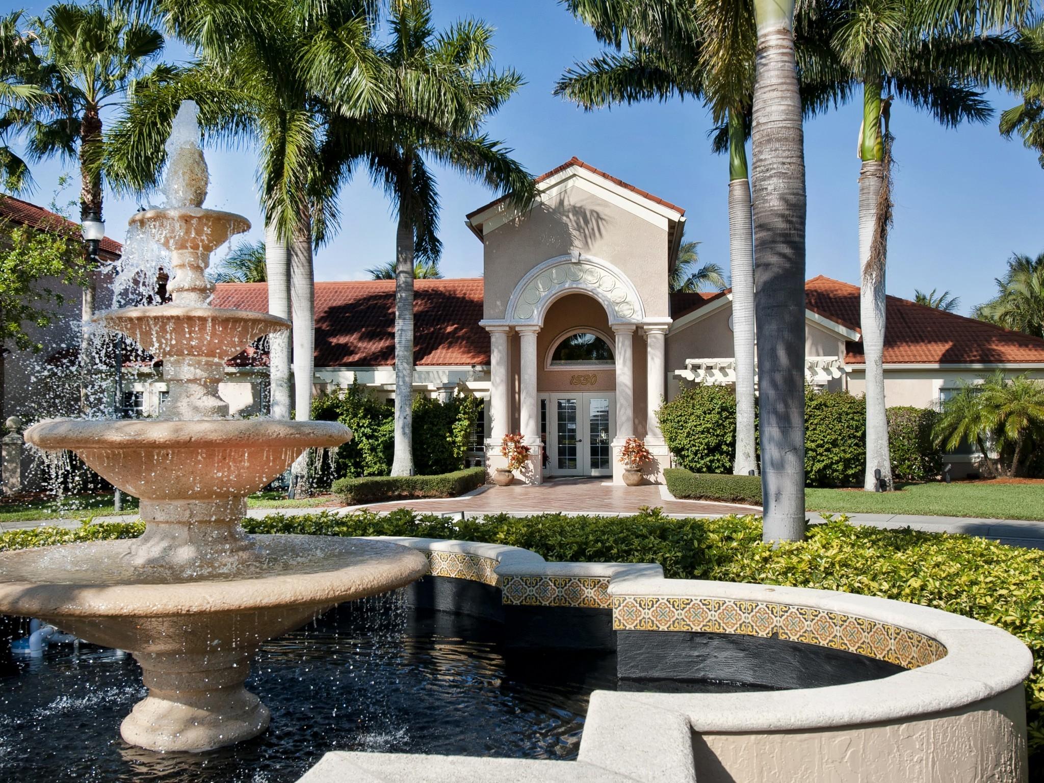"""Condomínio para Venda às Fabulous """"Smart"""" Condo in Laguna 1550 42nd Circle #210 Vero Beach, Florida 32967 Estados Unidos"""