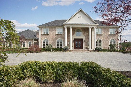 Property For Sale at Stunning Colonial Manor