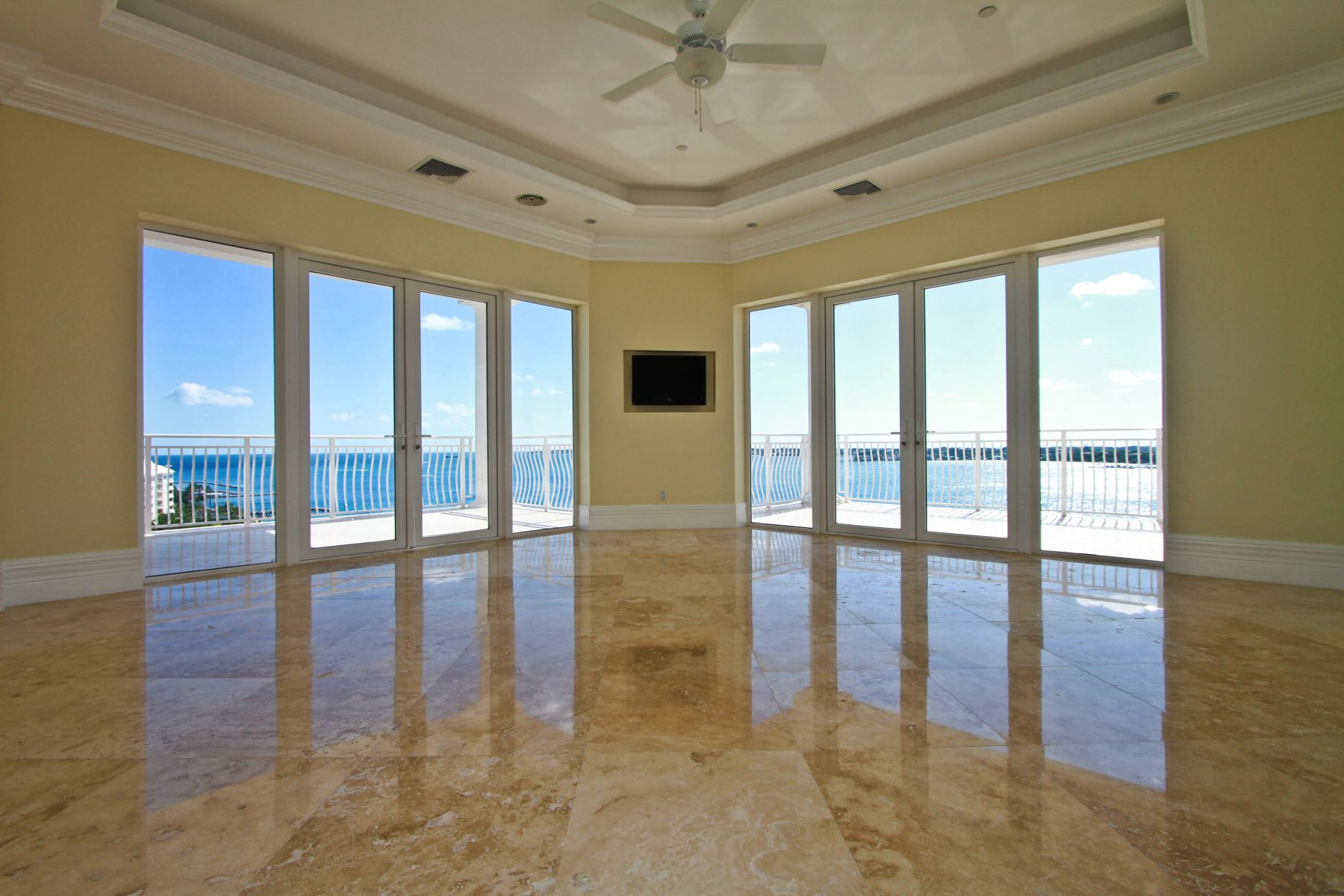 sales property at One Ocean #804