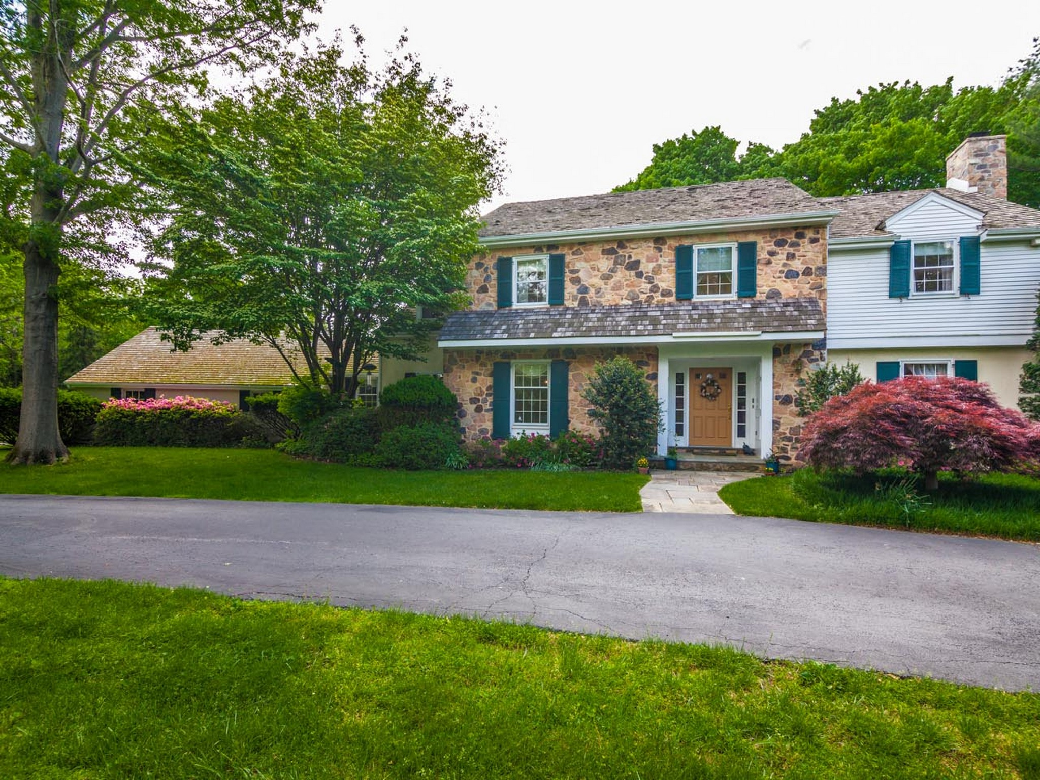 Single Family Home for Sale at 300 High Ridge Rd. Greenville, Delaware 19807 United States