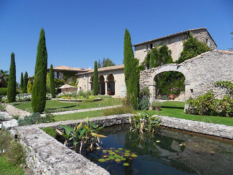 Single Family Home for Sale at Ref 2500 Place du chateau Gordes, Provence-Alpes-Cote D'Azur 84220 France
