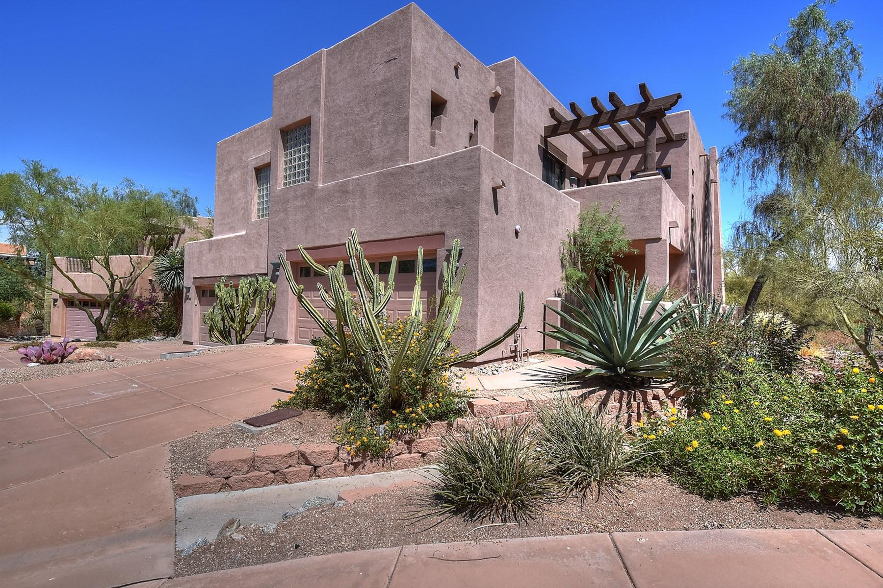 Nhà phố vì Bán tại Townhome showcases fairway views of Troon North's course 28539 N 102nd St Scottsdale, Arizona, 85262 Hoa Kỳ