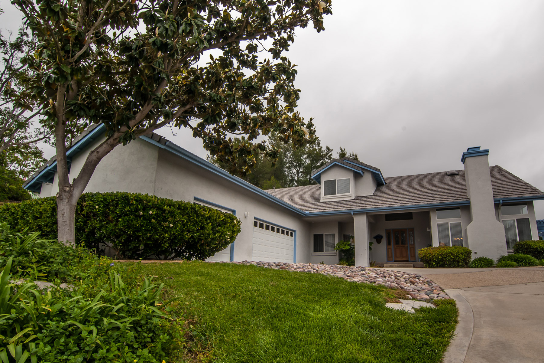 Maison unifamiliale pour l Vente à 10253 Cerveza Baja Drive Escondido, Californie, 92026 États-Unis
