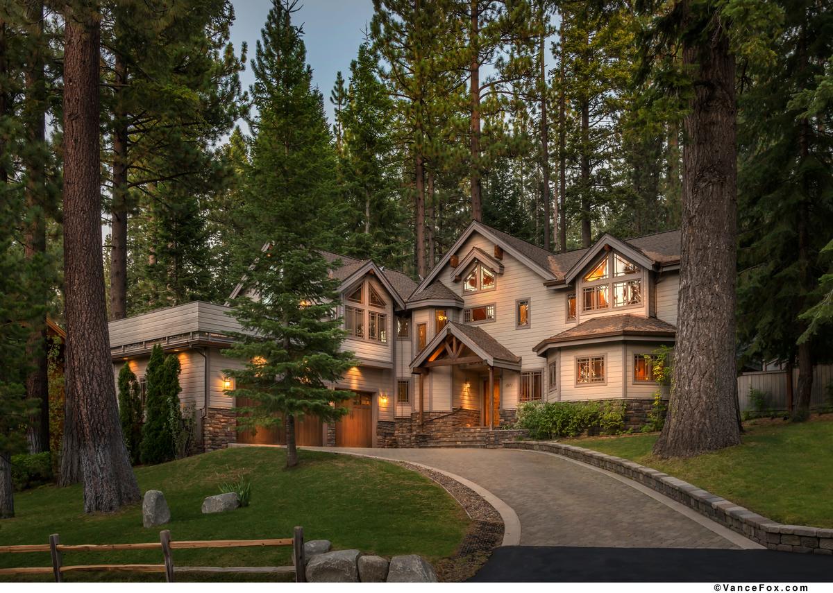Single Family Home for Active at 1971 Mandan Street South Lake Tahoe, California 96150 United States