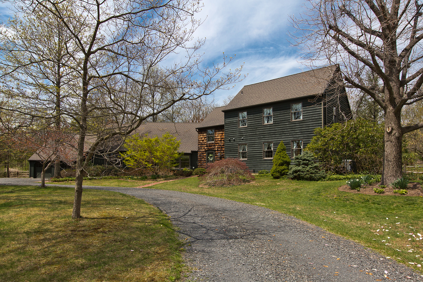 Single Family Home for Sale at Bedminster Township, PA 1650 Sweetbriar Rd Ottsville, Pennsylvania 18942 United States