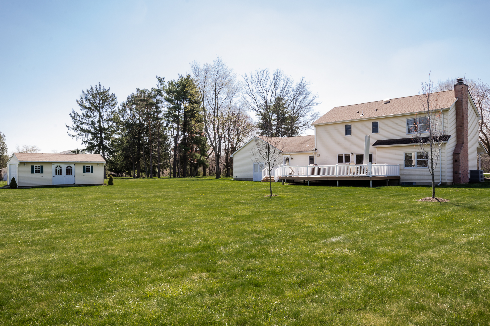 Additional photo for property listing at Farmland Views from this Generous Colonial 180A Friendship Road Cranbury, Нью-Джерси 08512 Соединенные Штаты