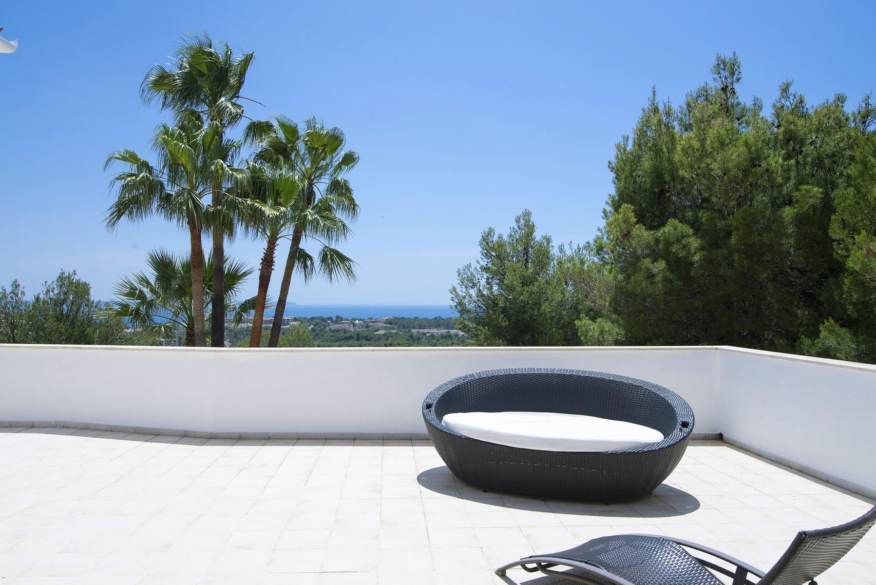 Einfamilienhaus für Verkauf beim Villa mit viel Privatsphäre und Blick in Bendinat Bendinat, Mallorca, 07157 Spanien