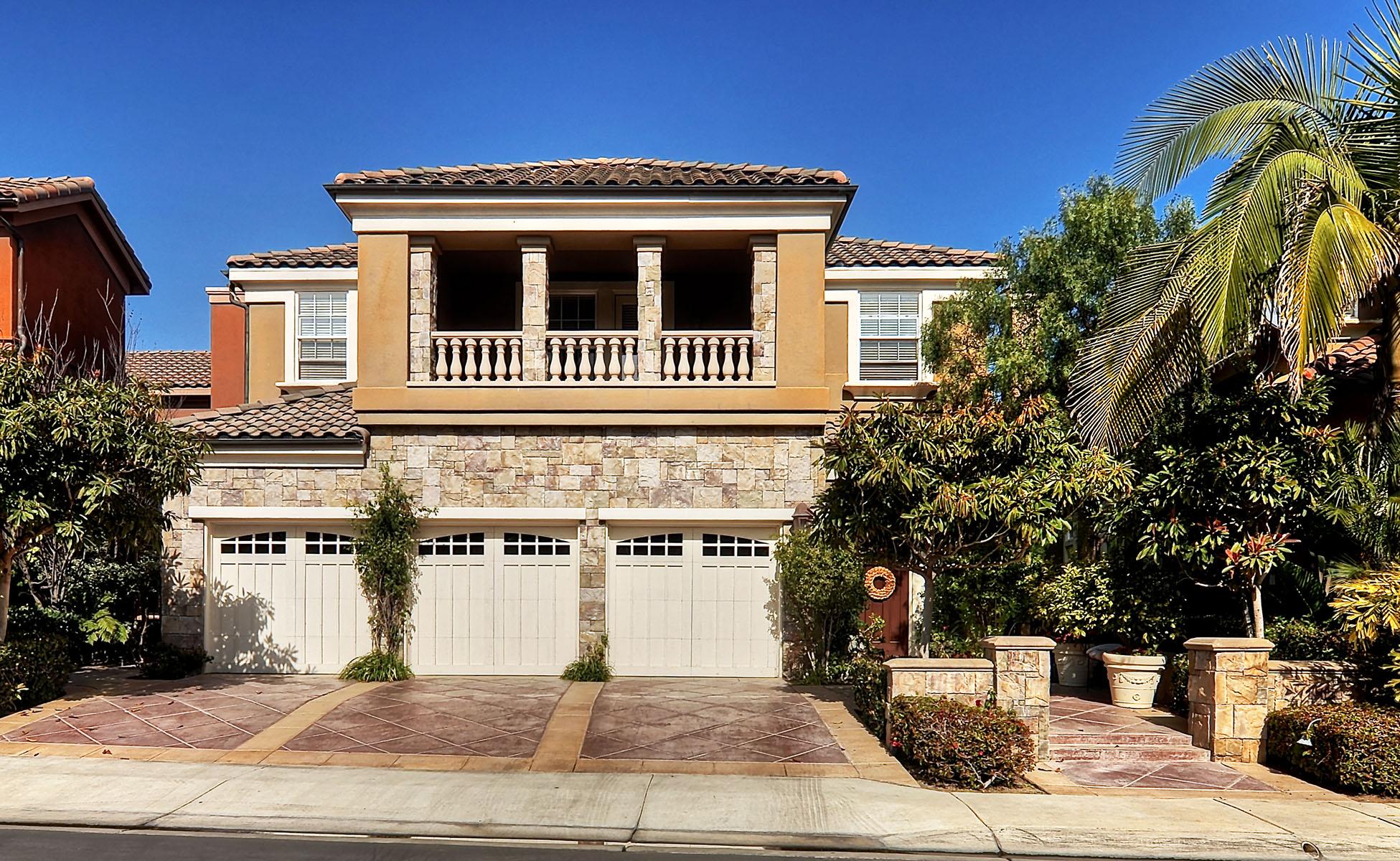 Einfamilienhaus für Verkauf beim 5635 Ocean Vista Drive Huntington Beach, Kalifornien 92648 Vereinigte Staaten