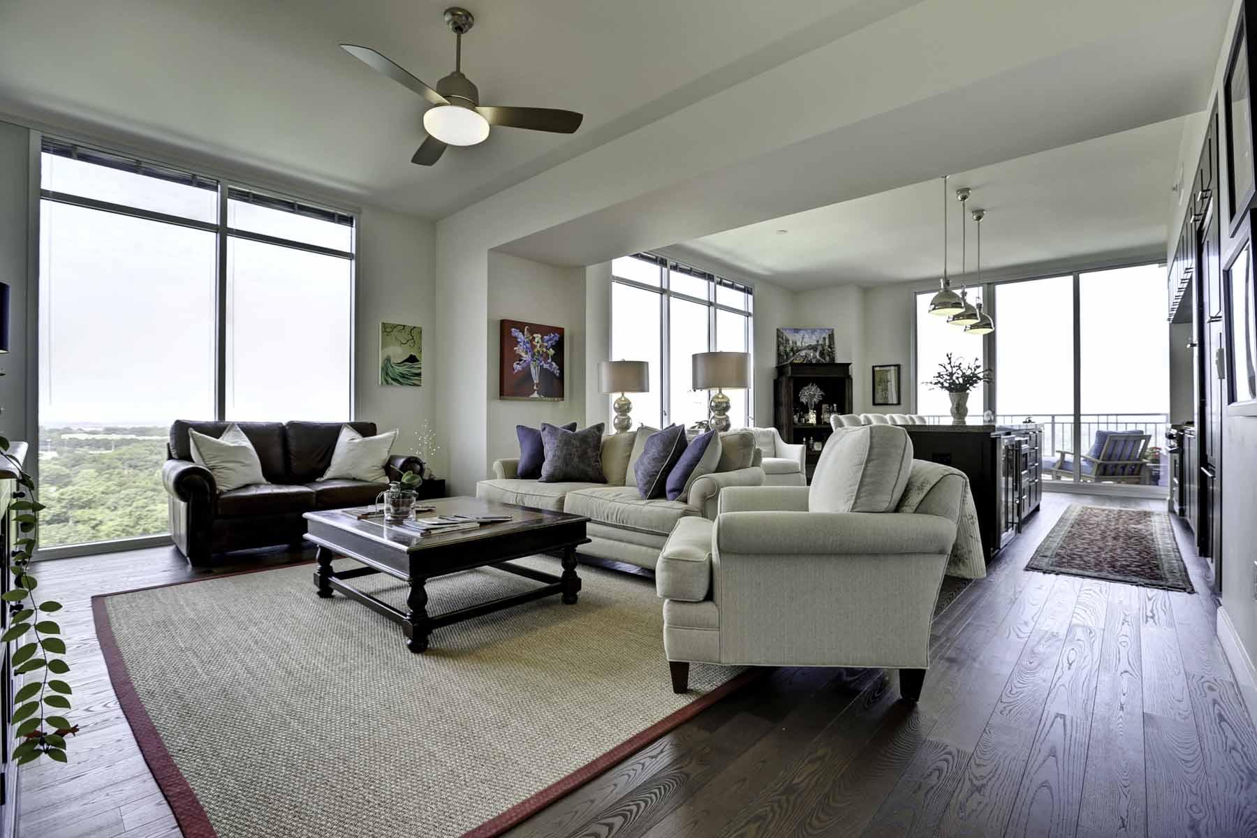 Eigentumswohnung für Verkauf beim Luxury Buckhead Living 1820 Peachtree Street NW #1808 Atlanta, Georgia, 30309 Vereinigte Staaten