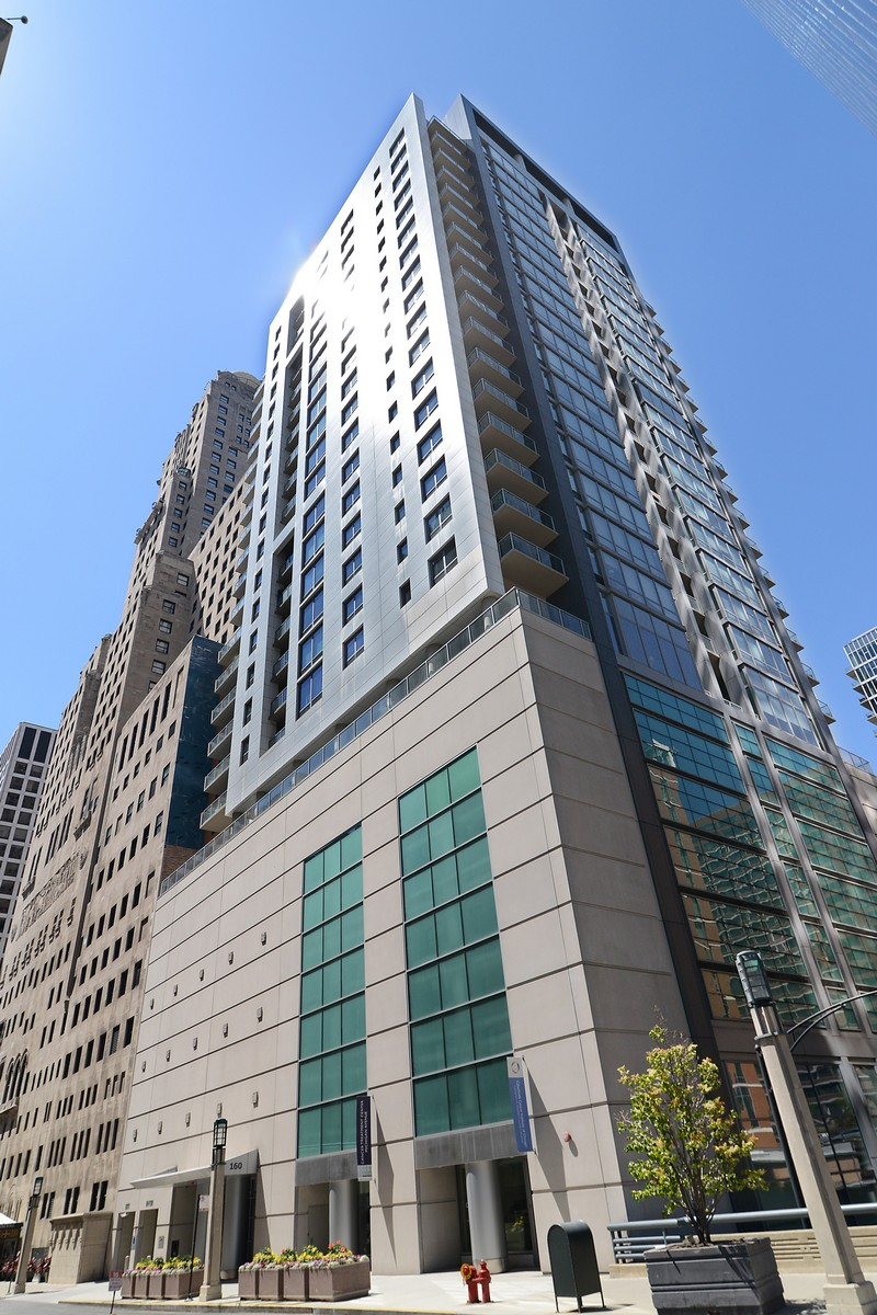 Condominium for Sale at Live in Elegance 160 E Illinois Street Unit 2204 Near North Side, Chicago, Illinois, 60611 United States