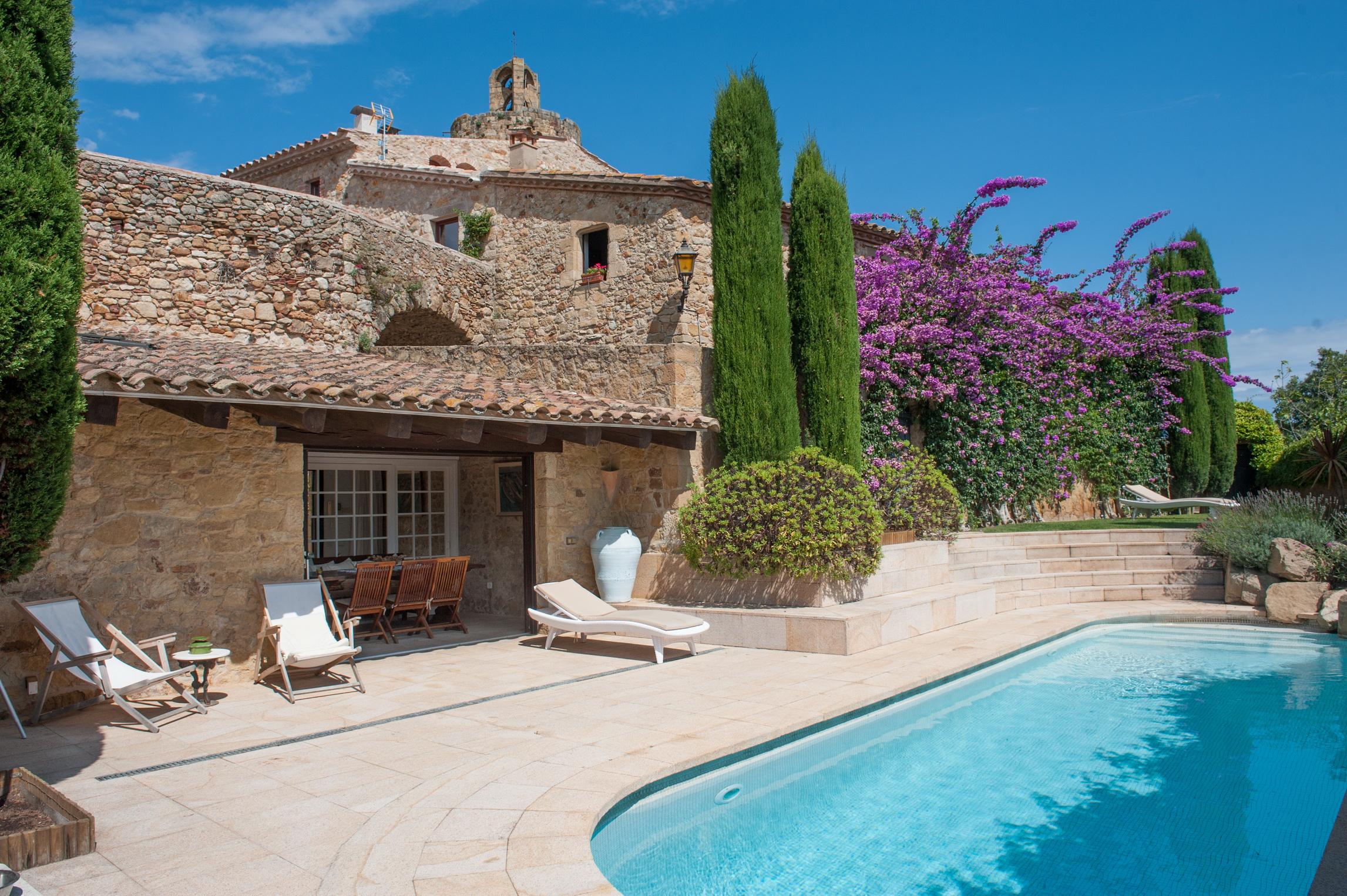Nhà ở một gia đình vì Bán tại Historic house in the medieval centre of Pals Pals, Costa Brava 17256 Tây Ban Nha