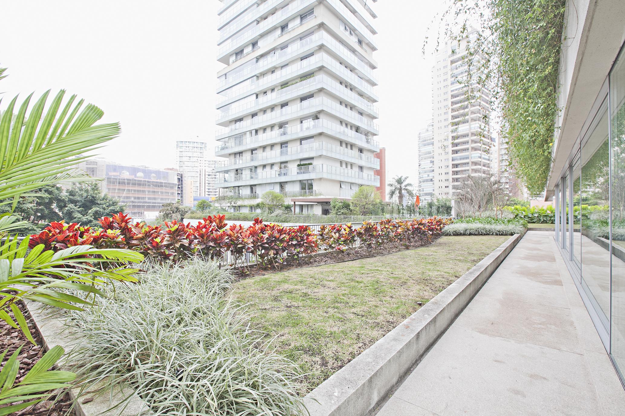 一戸建て のために 売買 アット Duplex Garden Avenida Hélio Pellegrino Sao Paulo, サンパウロ, 04513100 ブラジル