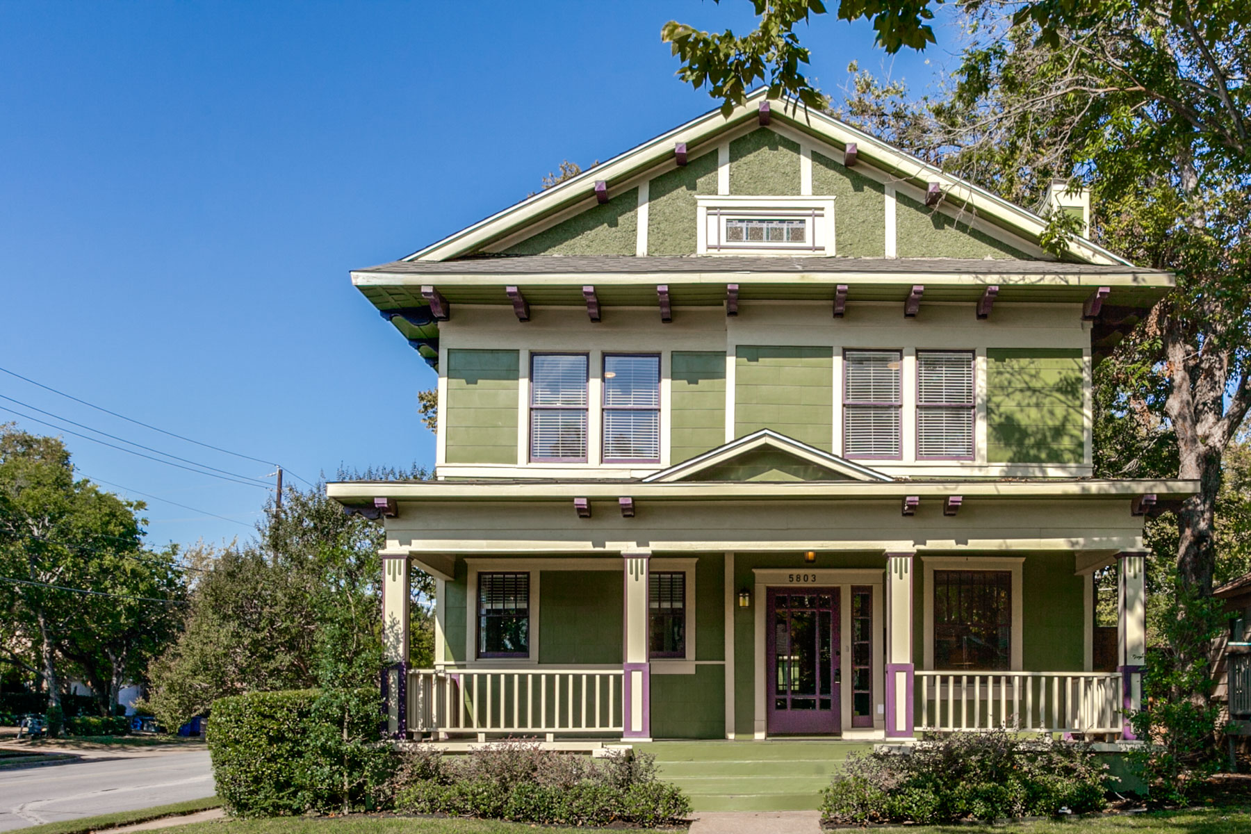 Single Family Home for Sale at Renovated Lower Greenville Craftsman 5803 Richmond Avenue Dallas, Texas, 75206 United States