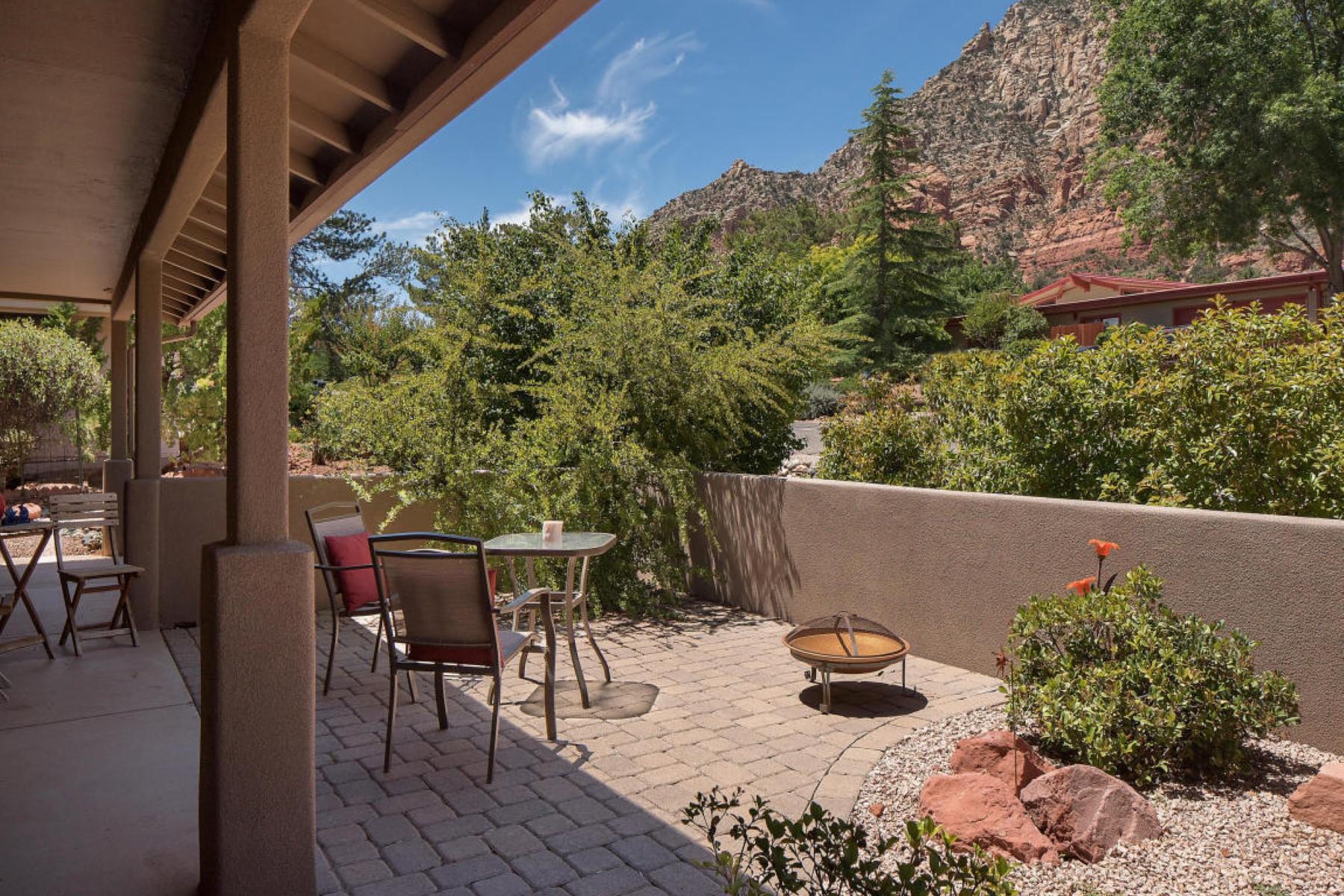 Villa per Vendita alle ore Gorgeous move in ready home in upper part of Rodeo 2195 Corral Rd Sedona, Arizona, 86336 Stati Uniti