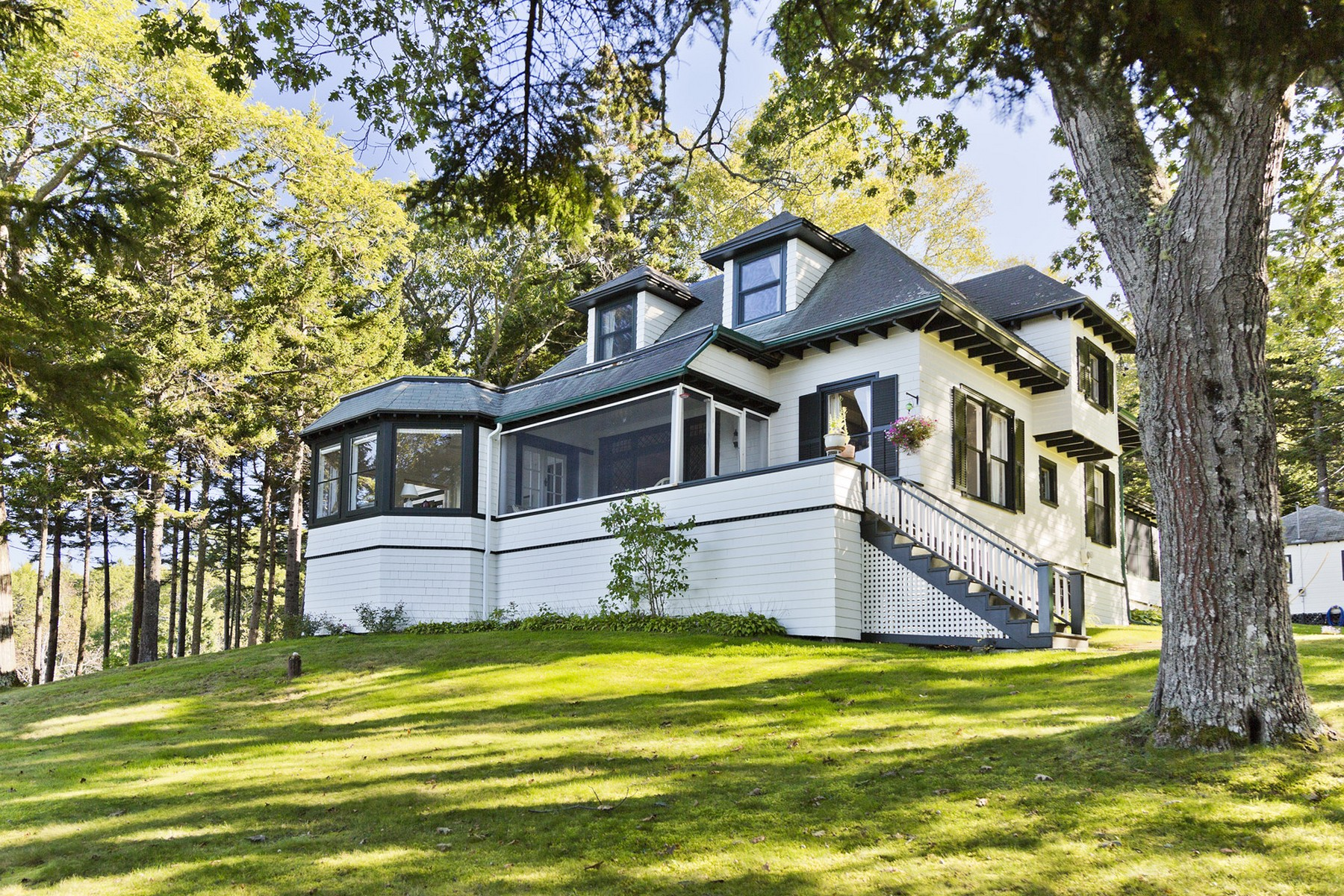 Single Family Home for Sale at Kro Krest 17 Kro Krest Lane Sorrento, Maine 04677 United States