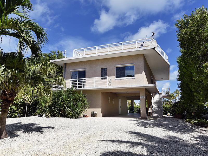 Maison unifamiliale pour l Vente à Ocean Views 131 Stinger Road Key Largo, Florida, 33070 États-Unis