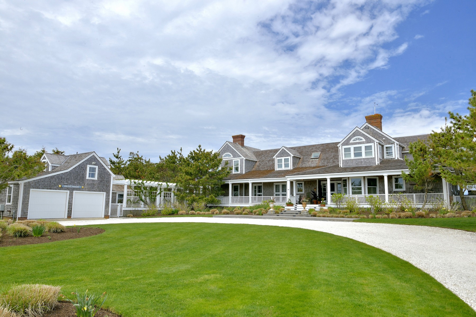 단독 가정 주택 용 매매 에 Spectacular Oceanfront Dionis! 119 Eel Point Road 119 R Eel Point Road Nantucket, 매사추세츠 02554 미국