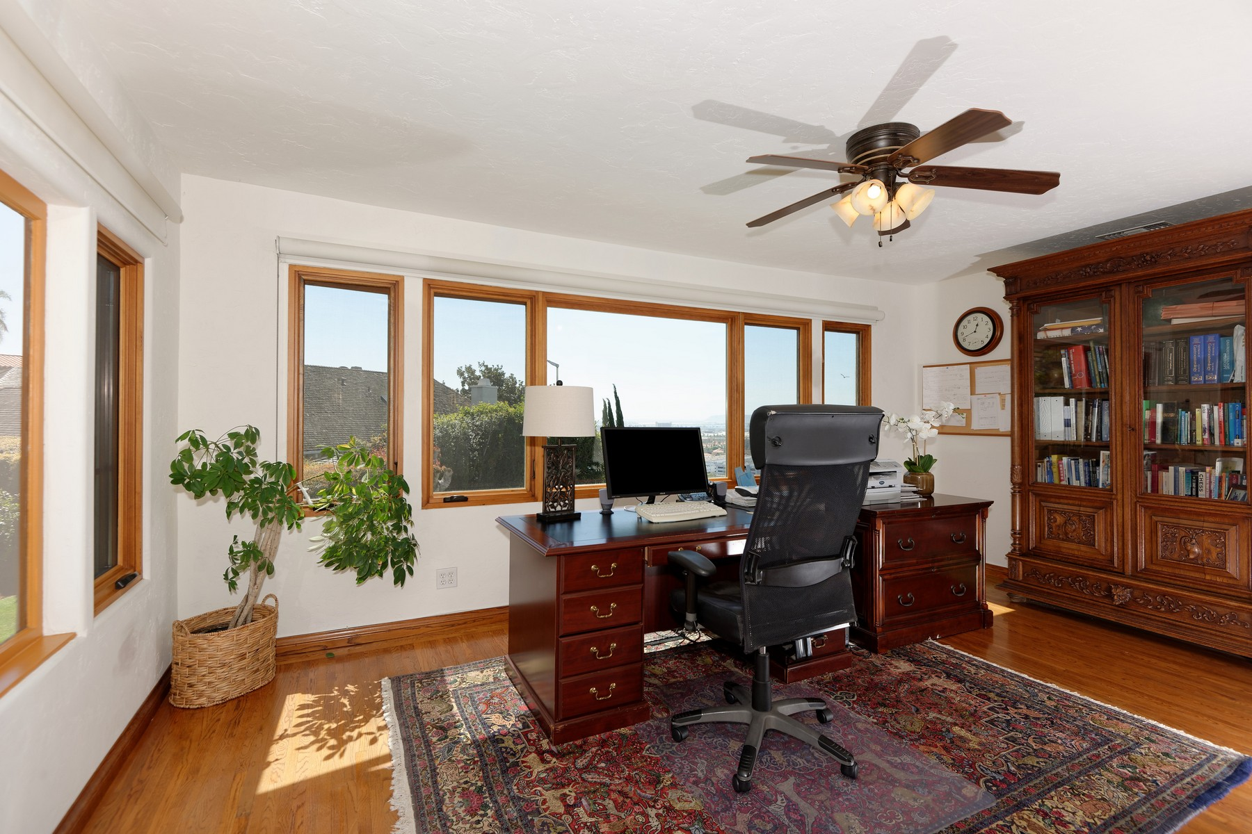 Additional photo for property listing at 2335 Juan  San Diego, Californie 92103 États-Unis