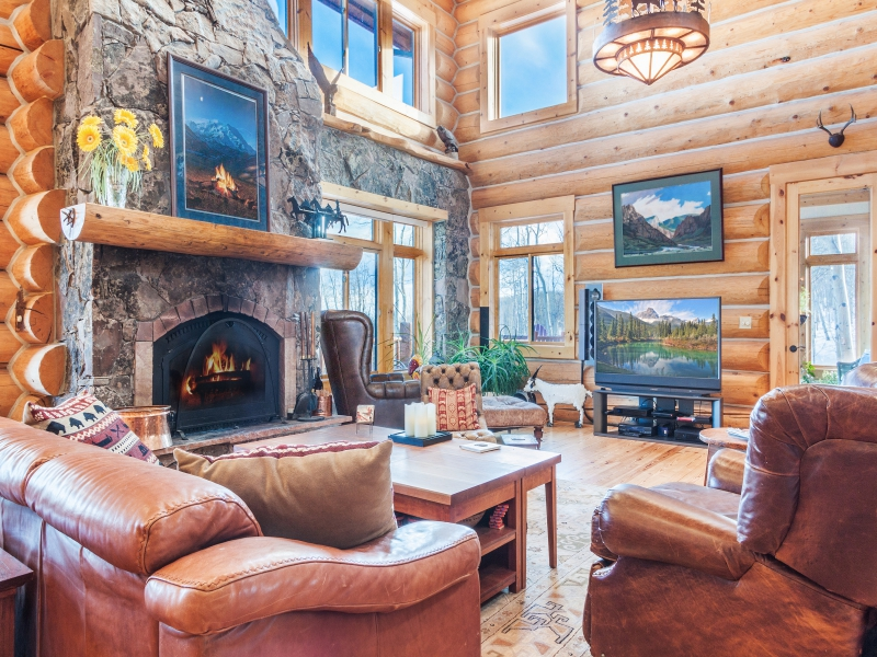 Single Family Home for Active at 252 S. Iron Mountain Road Fairplay, Colorado 80440 United States