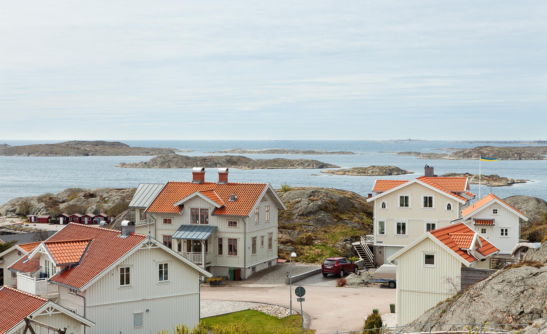Einfamilienhaus für Verkauf beim Unobstructed, panoramic view of Hälleviksstrand Other Vastra Gotaland, Vastra Gotaland, Schweden